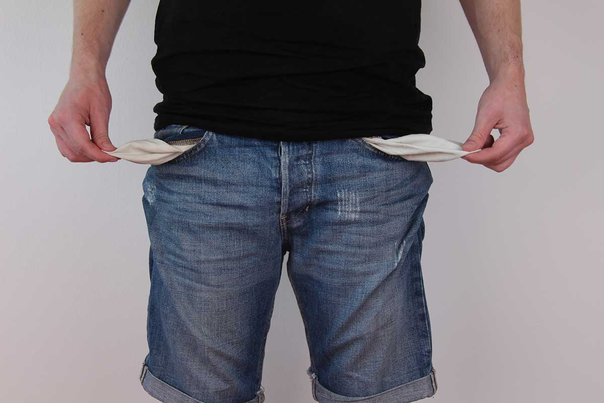 Broke man turns out pockets after laeving it too late to get his insurance